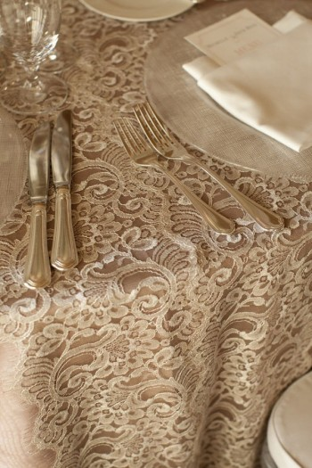 Event Design Lace Runner