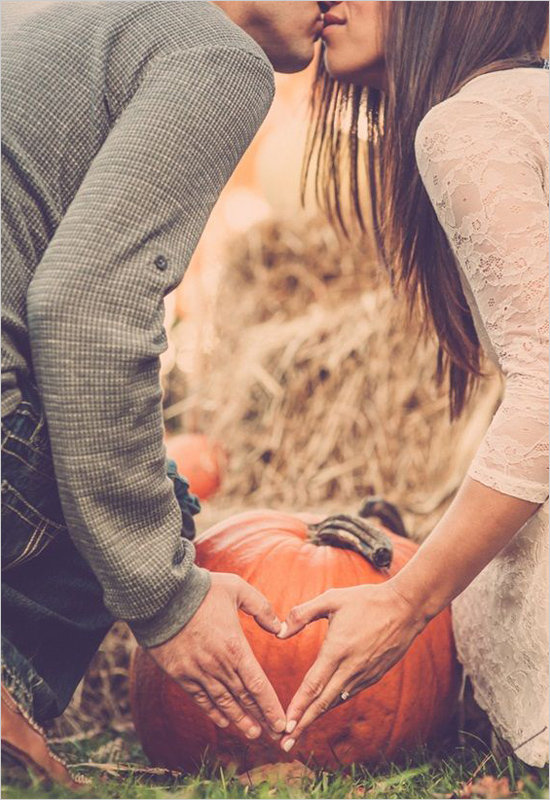 78945_15-fall-save-the-date-portrait-ideas
