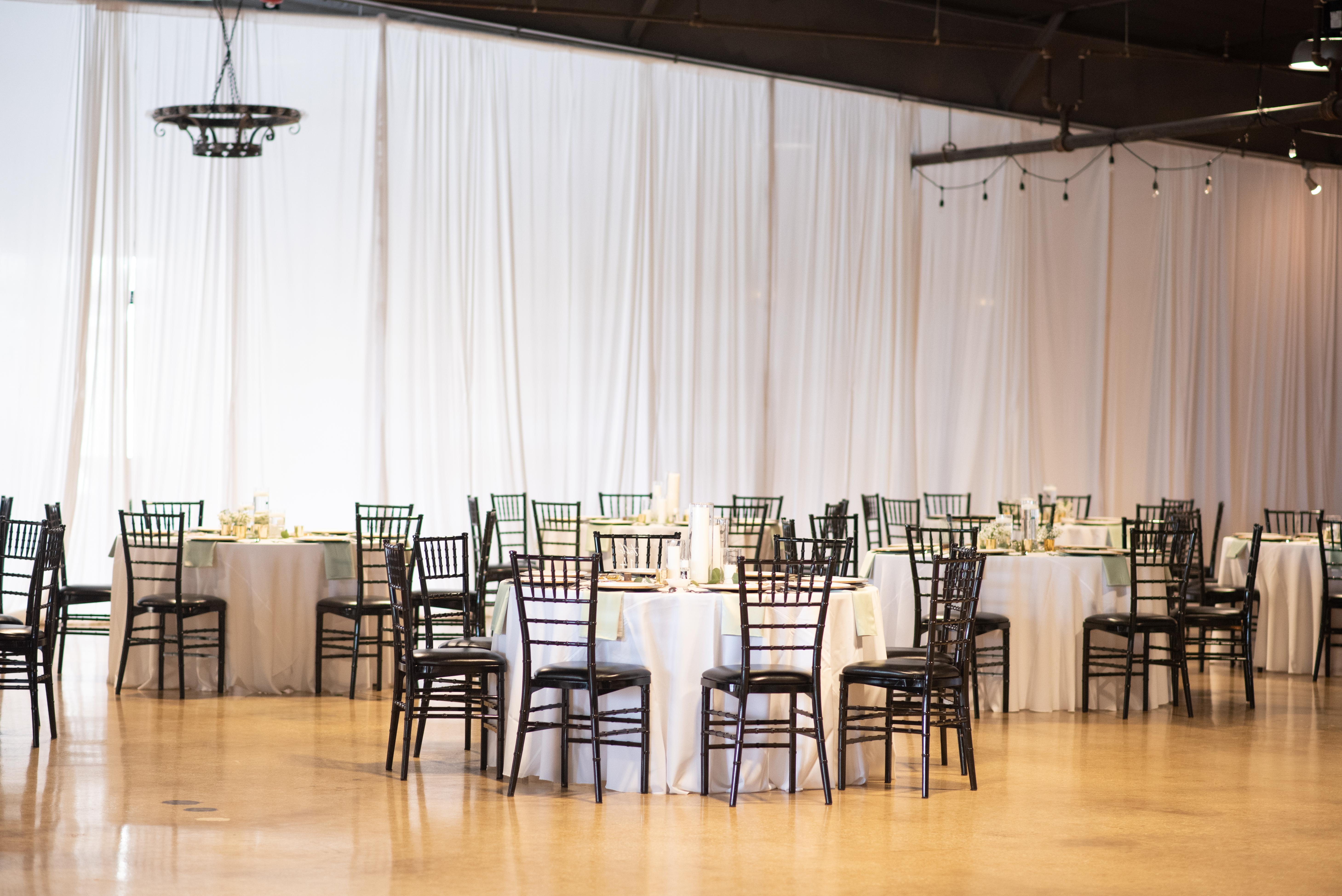 Venue-650-Wedding-Gumiela-02-copy