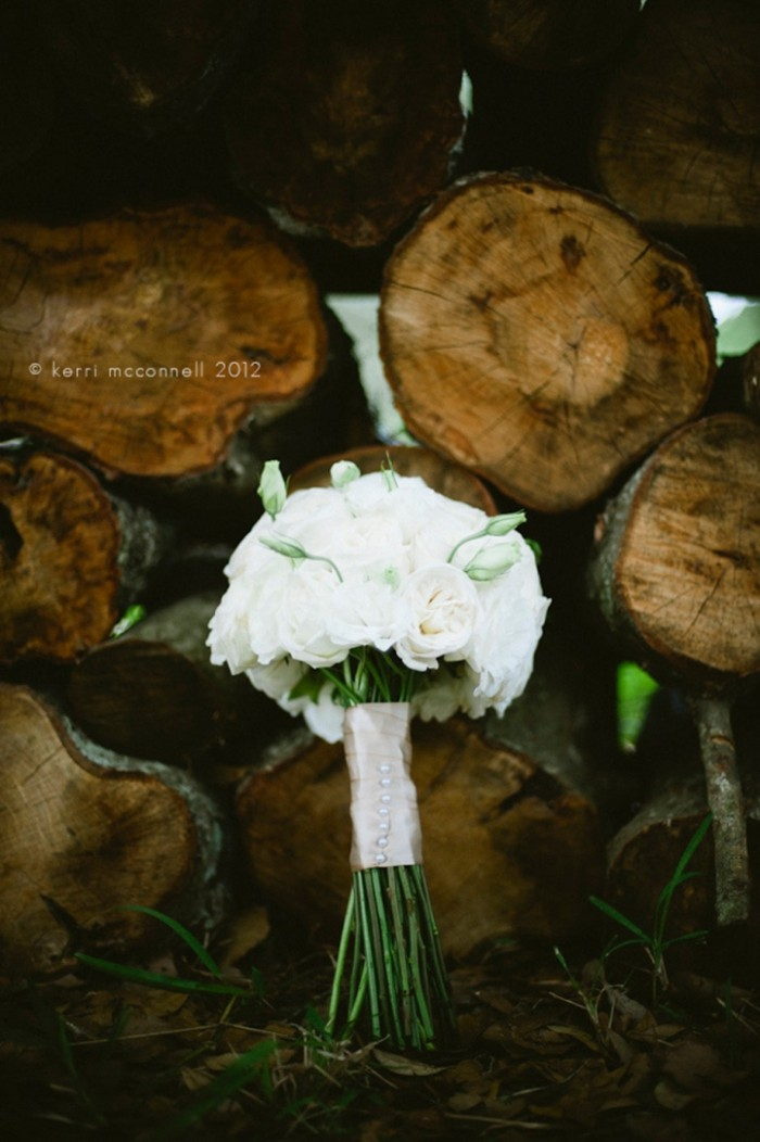 01-Event_Design_Outdoor_Wedding_White_Rustic_Bouquet