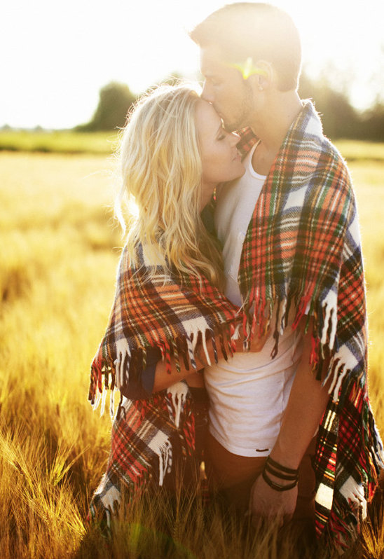 78943_15-fall-save-the-date-portrait-ideas